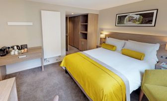 A photo of Henley Greenlands hotel double bedroom